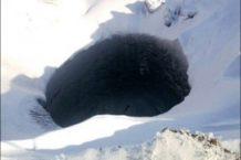 Descifran el misterioso origen de los gigantescos agujeros en Siberia (y son malas noticias