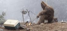 una mujer de michigan afirma que su familia vivio en armonia con un bigfoot de patas grandes