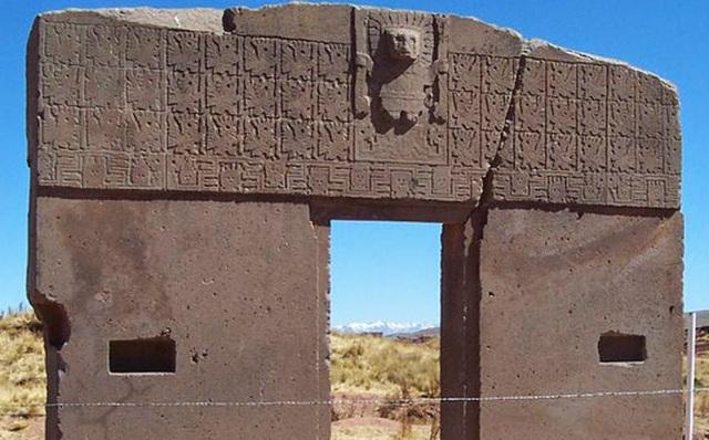 Tiahuanaco: Una Ciudad de Piedra Edífícada en Extrañas Condiciones