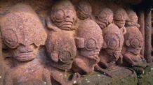 pueden representar estas estatuas a extraterrestres