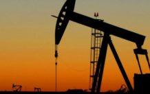 como el desplome del precio del petroleo puede destruir a los grandes bancos
