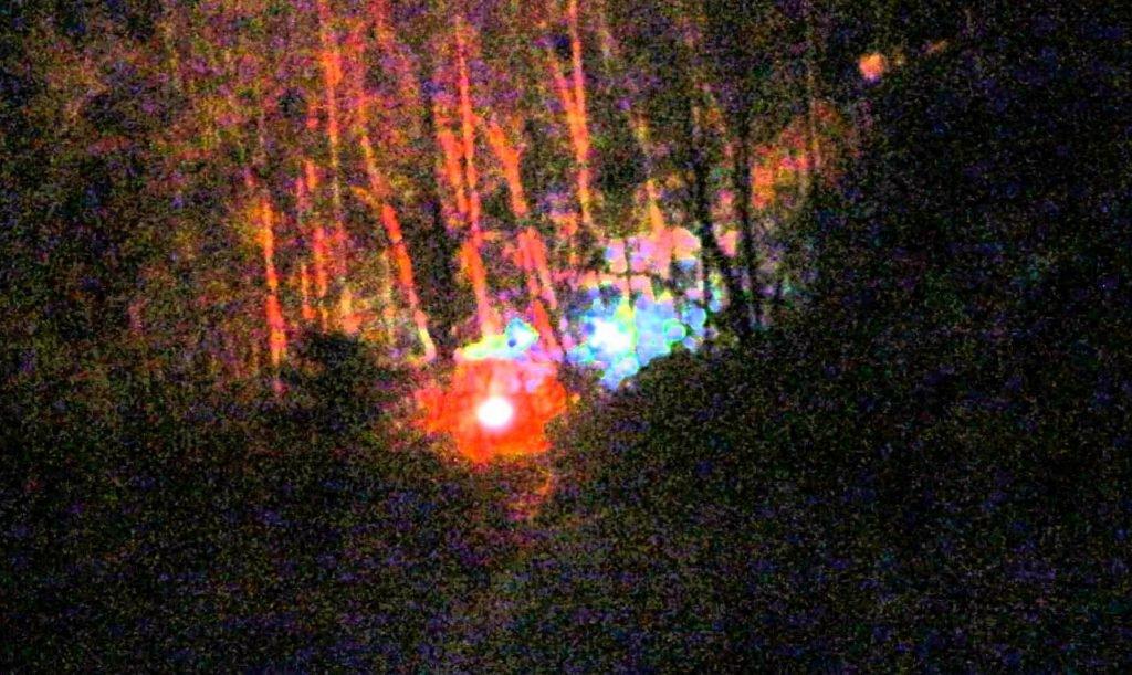 Mujer comparte su increíble experiencia paranormal que tuvo en Brown Mountain, Carolina del Norte