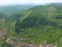 piramide de bosnia cuanto tiempo ocultaran la verdad