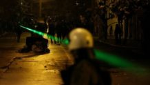 el pentagono prueba un nuevo laser capaz de transmitir mensajes directo a la mente de las personas