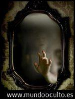 aprende a como erradicar un espiritu de un espejo