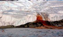 descubren lagos interconectados con signos de vida bajo el suelo de la antartida