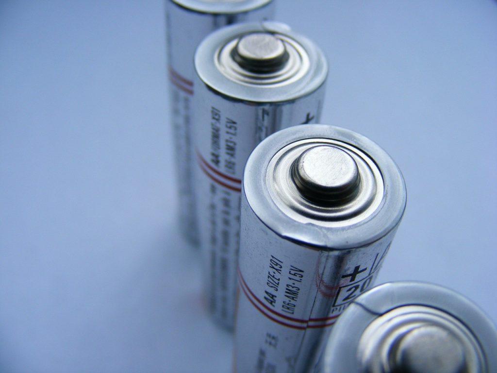 Sección ciencia:La primera batería recargable de dióxido de carbono está en pruebas y afirman que es siete veces más eficiente que la de iones de litio