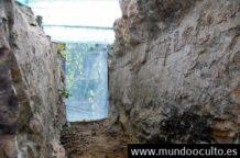 los cientificos chinos estan sorprendidos de encontrar revelador escrito en una piedra de mas de 270 millones de anos