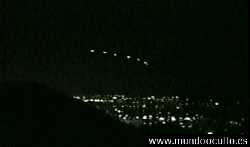 Polémico vídeo muestra aviones militares persiguiendo a ovnis sobre Phoenix en 1977