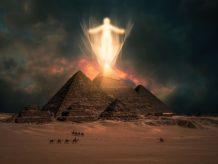 quien construyo la gran piramide