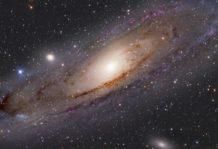 hasta donde se extiende el universo como de grande es el universo y por que podria estar hecho de pixeles