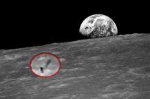 luna un espectacular video de apollo 8 muestra un objeto cilindrico que expulsa una nube de humo