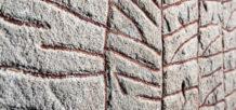 esta piedra runica vikinga erigida en el siglo noveno avisaba de un catastrofico evento climatico