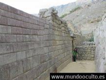 se encontraron los antiguos incas con vestigios de una civilizacion tecnologicamente mas avanzada