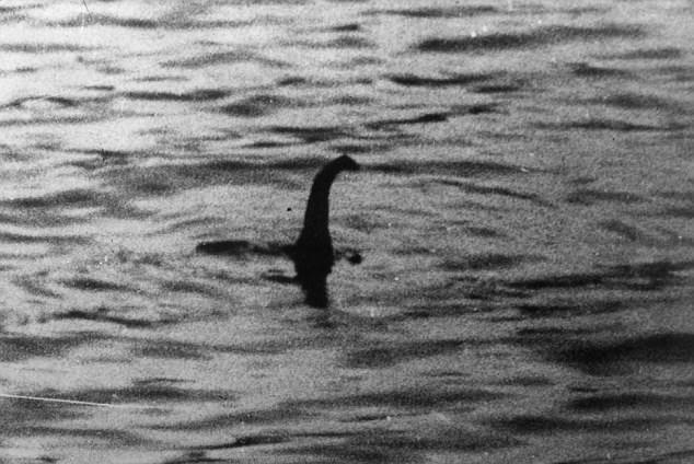 turista britanica filma una nueva aparicion del monstruo del lago ness