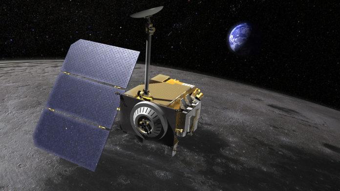 cientificos reciben por primera vez una senal desde la luna