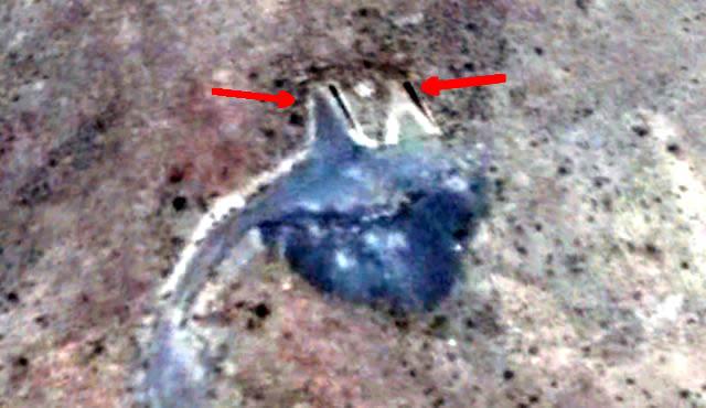 Descubren posibles entradas a base subterránea en Área 51 en imágenes satelitales