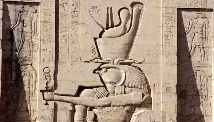 el ojo de horus y su conexion con la medicina la mitologia y el arte en egipto