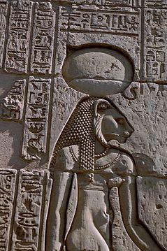 dioses reinantes en el inframundo de las culturas antiguas