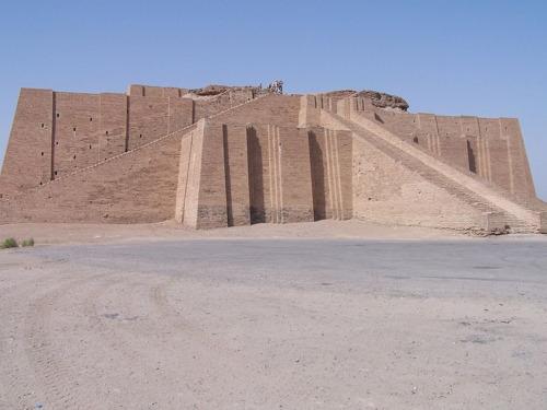 el templo mesopotamico que buscaba alcanzar a los dioses