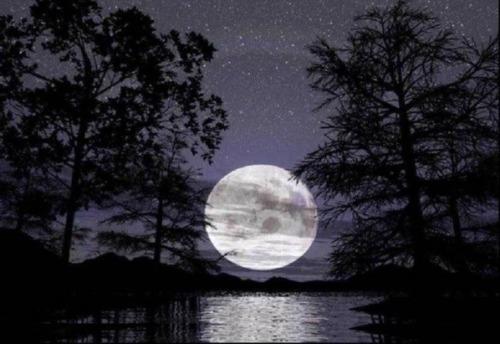 la luna mas que un satelite