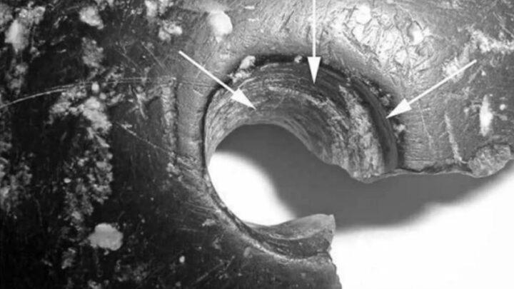 Brazalete de 40.000 años encontrado en Siberia. ¿Elaborado por una antigua sociedad?