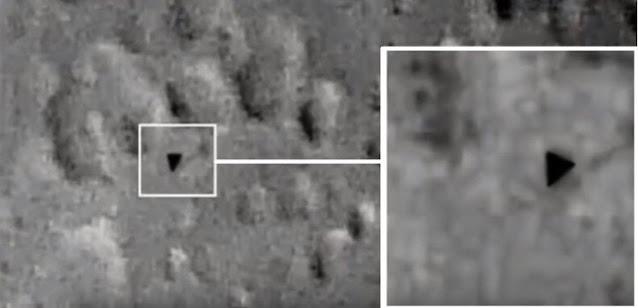 Astrónomo registra un inmenso «OVNI TRIANGULAR» volando sobre la superficie de la LUNA!