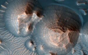 La NASA confirma que los Volcanes de Marte Acabaron con la vida del Mundo